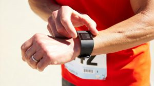 foto fitbit tipo de persona que compra un smartwatch