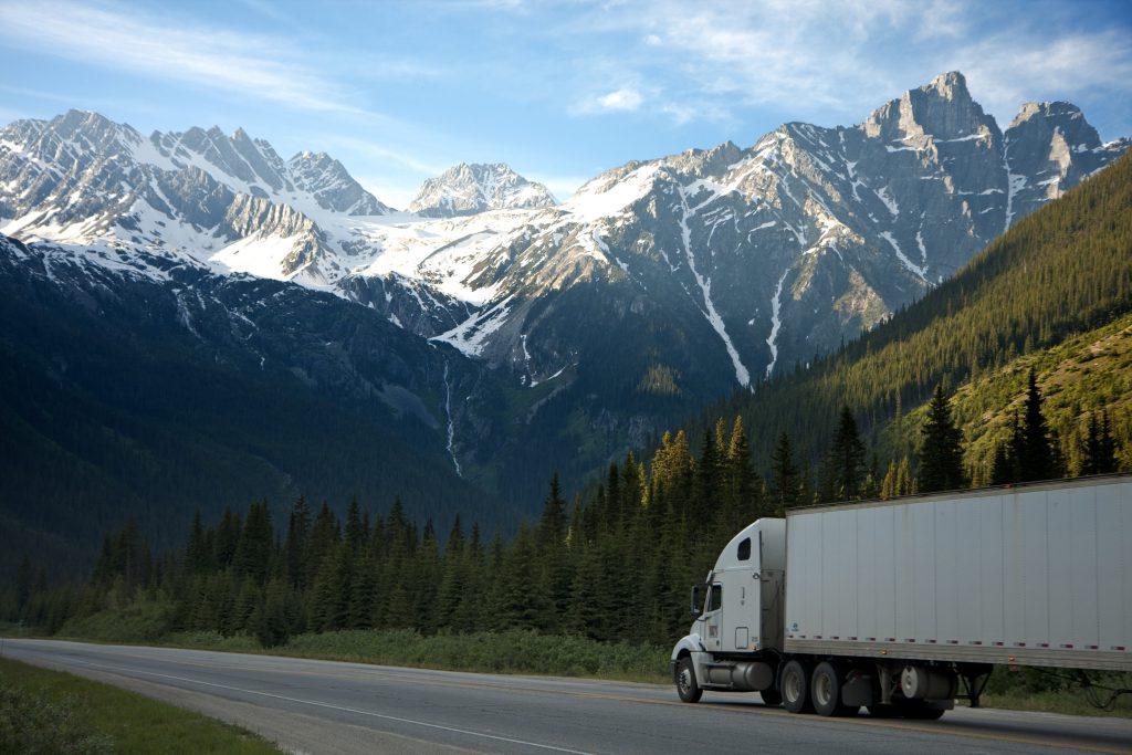 Camión con el que se pueden localizar mercancías con IoT