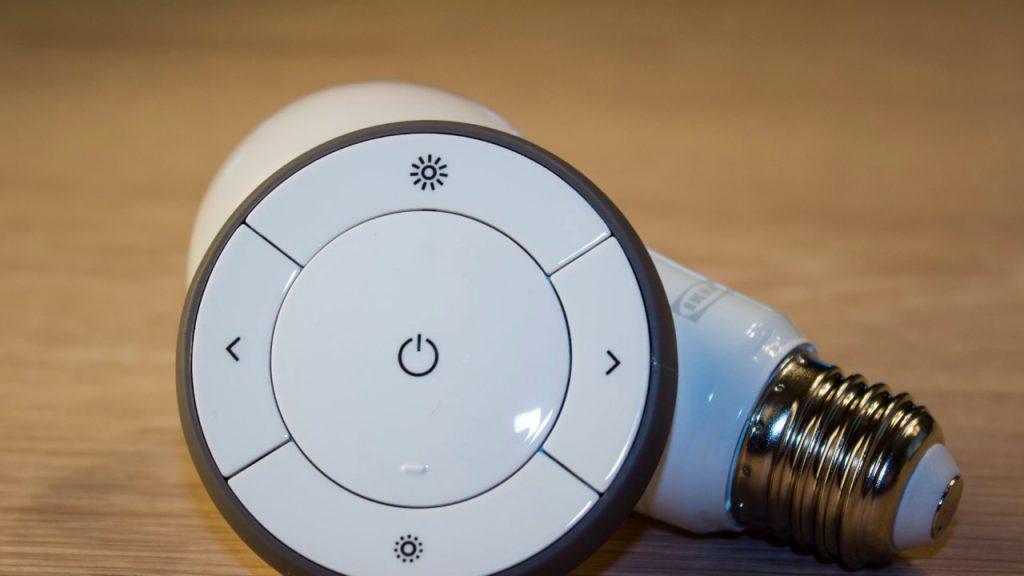 mando circular de bombillas inteligentes de Ikea