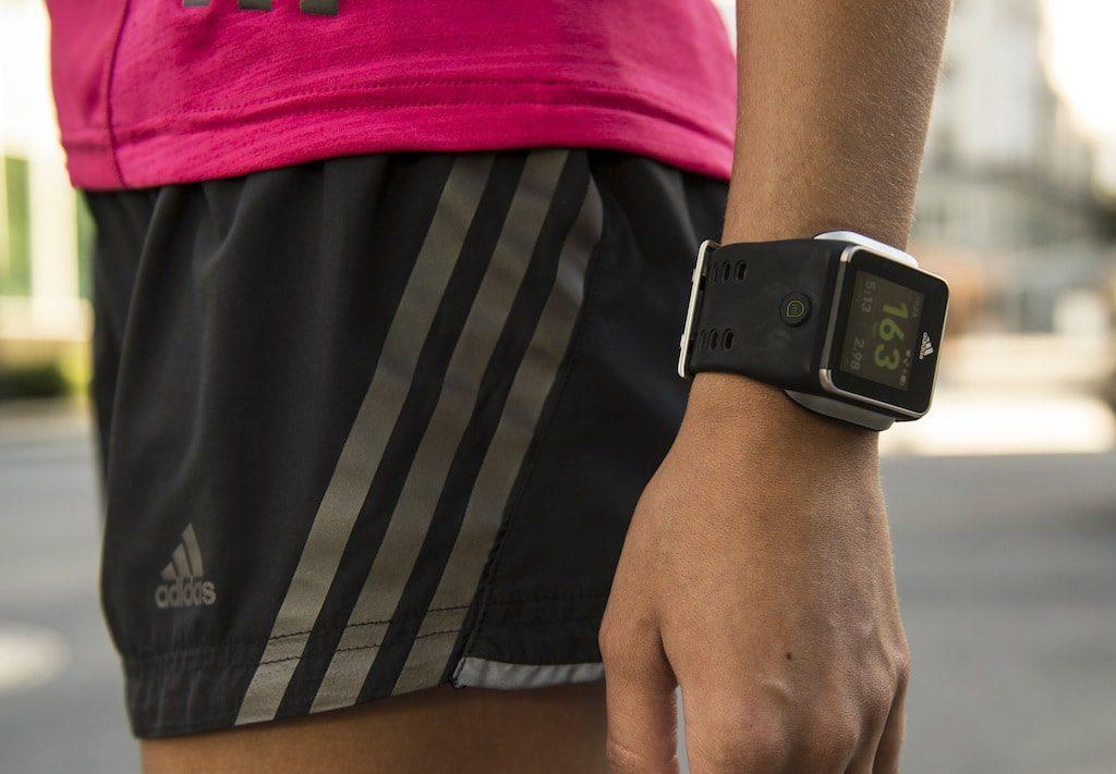 smartwatch que se cargan con sudor
