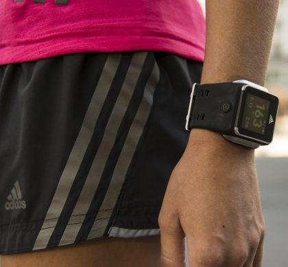 ¡A correr! Llegan los smartwatch que se cargan con sudor